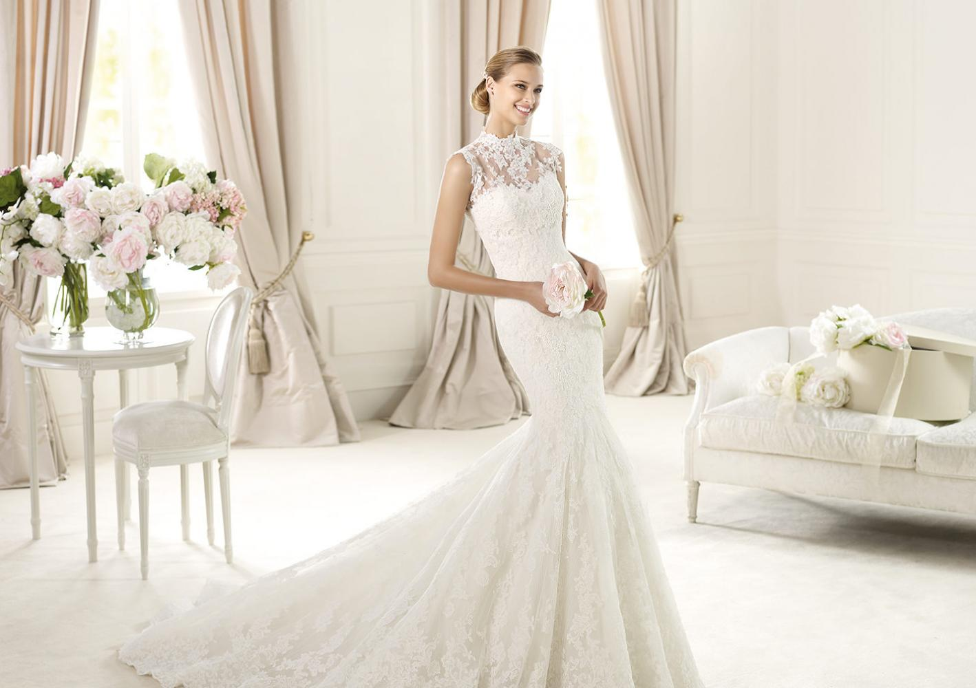 This Beautiful 2 Piece Gown Is Called Ugalde It A Stunning Alencon Lace Fit And Flair With Unique Bodice That Comes Off To Create Gorgeous